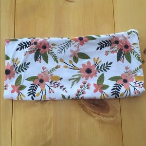 Other - EUC Knit Swaddle Blanket